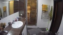 Guest girl shower, Jun09/20