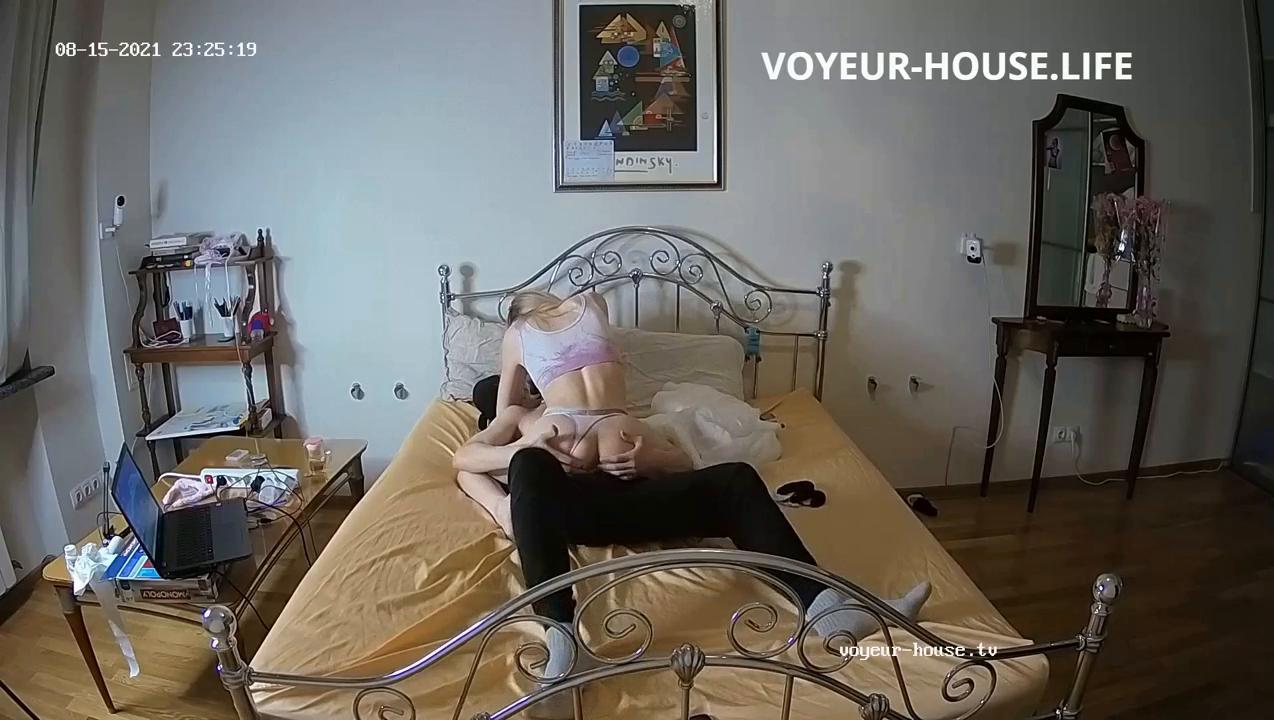 Milana Robien hoy sex aug 15go to voyeur house life