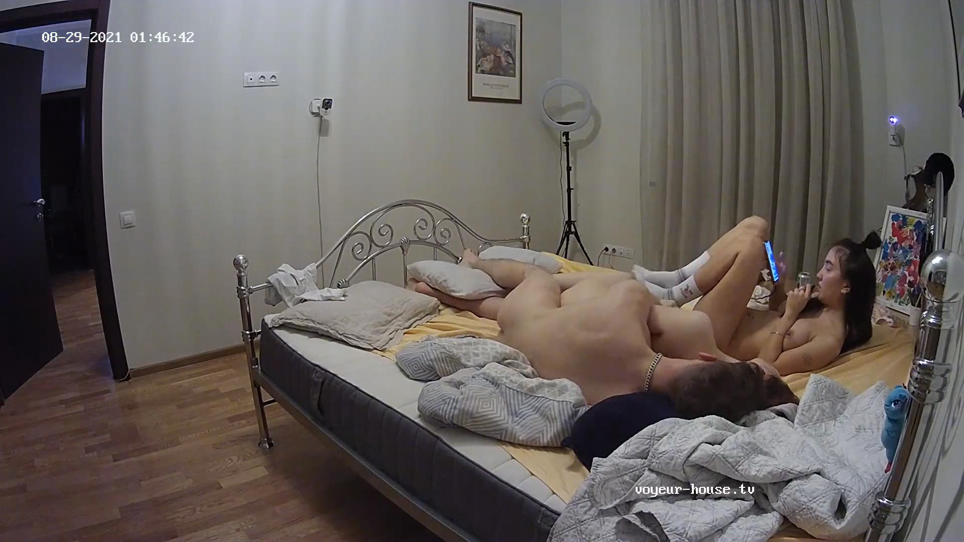 Robien Milana Guest girl threesome Aug 29 2021 cam 2