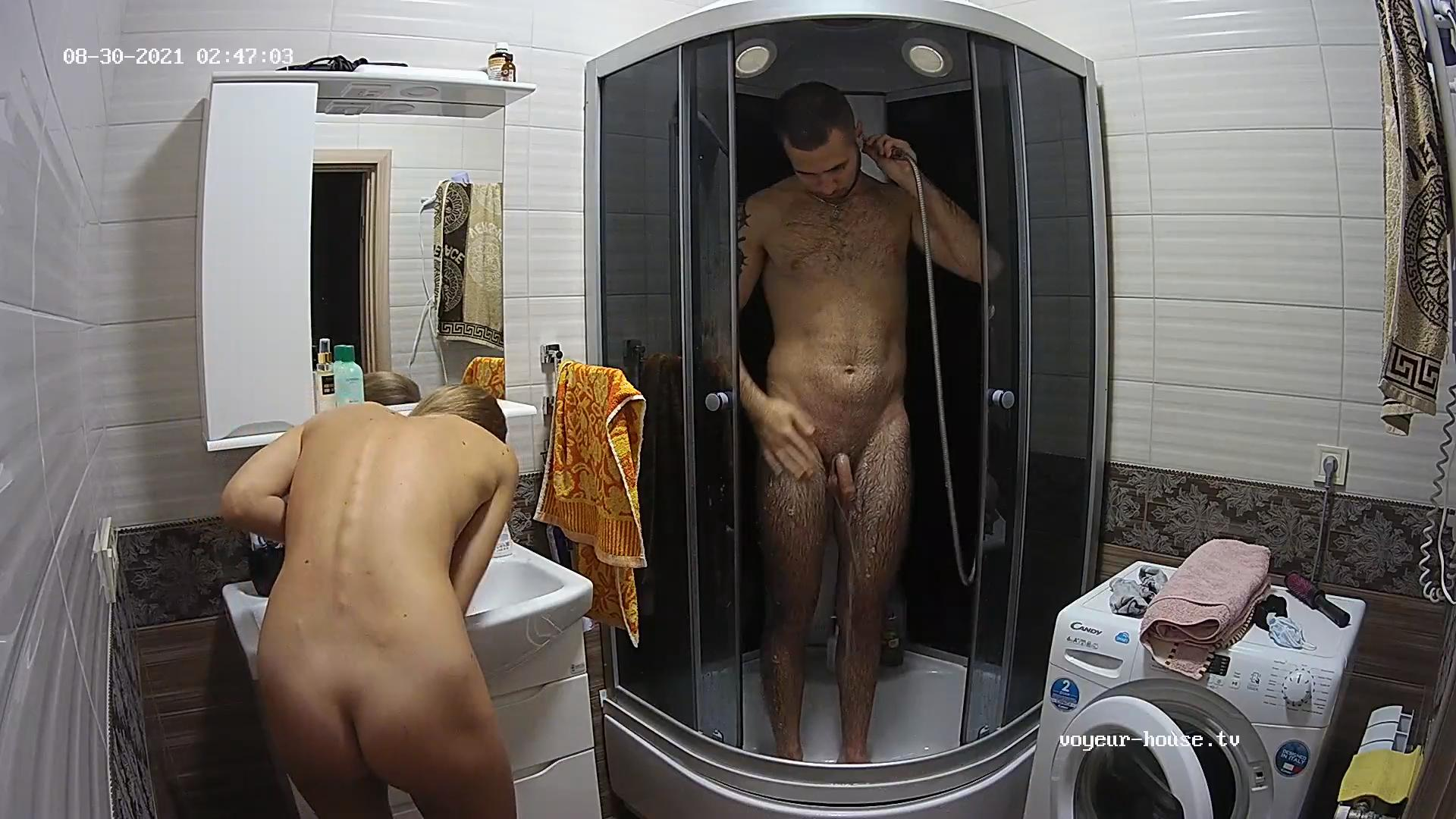 Lucas shower 30 Aug 2021