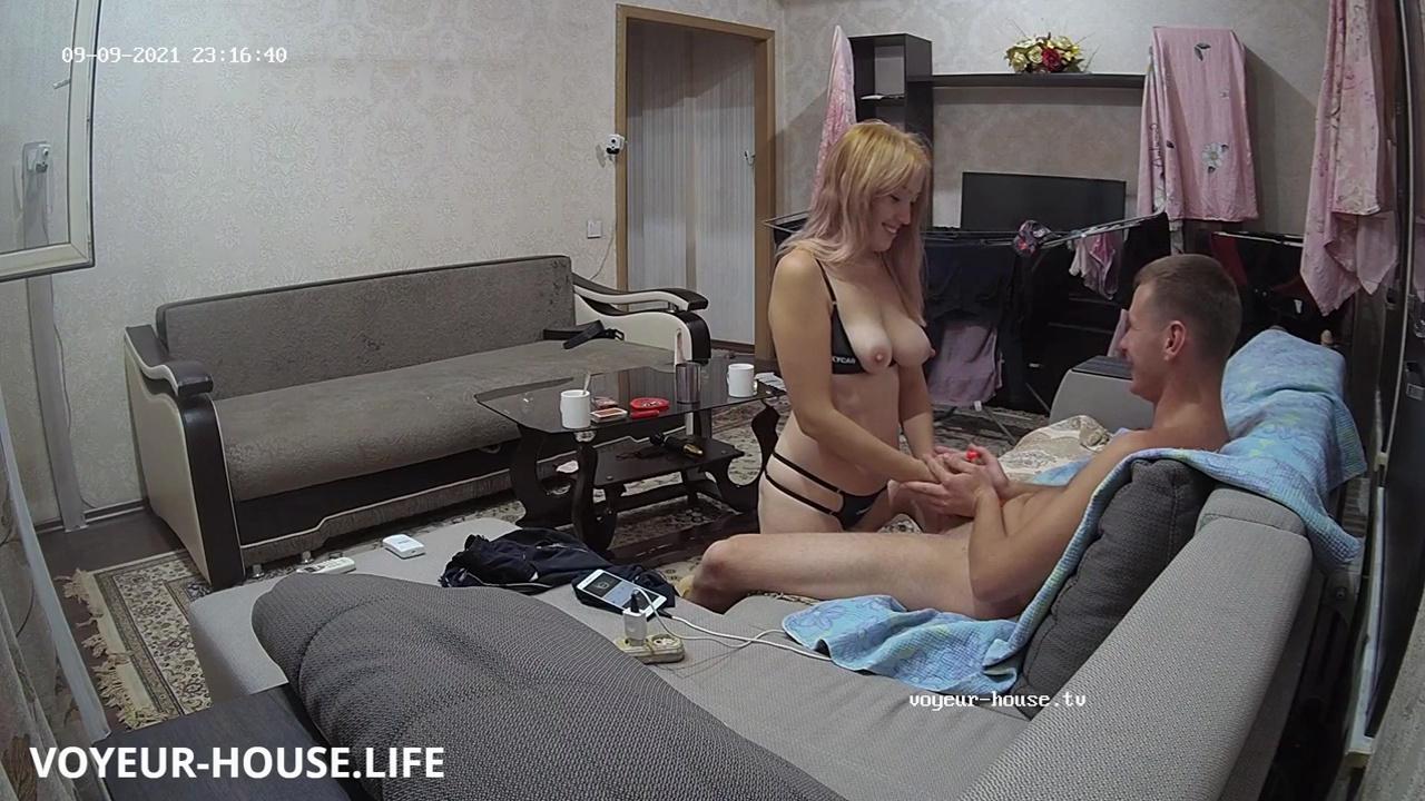 Archi Kataleya livingroom sex 9 Sep 2021