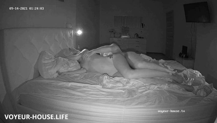 Amelie Lucas passionate sex after midnight Sep 14 2021 cam 2