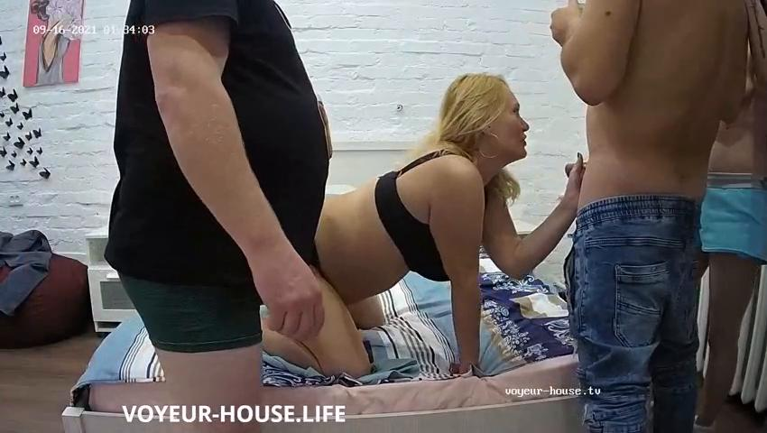 Fred Casey and guest couple swap blowjob in Bedroom sep 16 2021