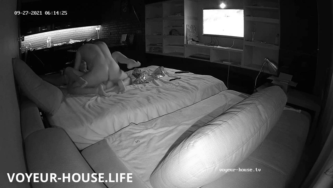 Capo Guest Guy couch suck and fuck Sep 27 2021 cam 3