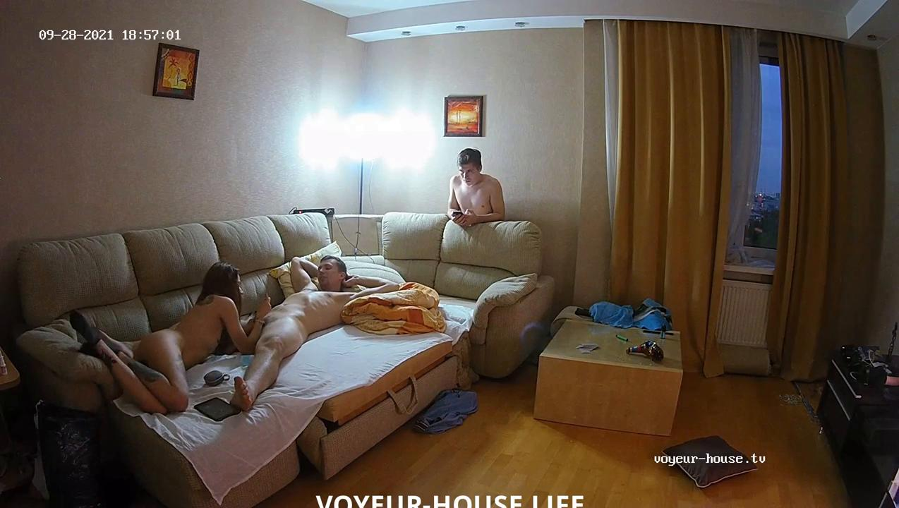 Threesome continues in the living room Sep28 2021 cam 2